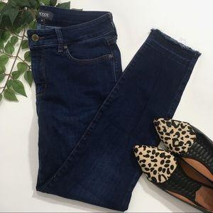 NYDJ 8 Ami Skinny Ankle Dark Wash Jeans Raw Hem